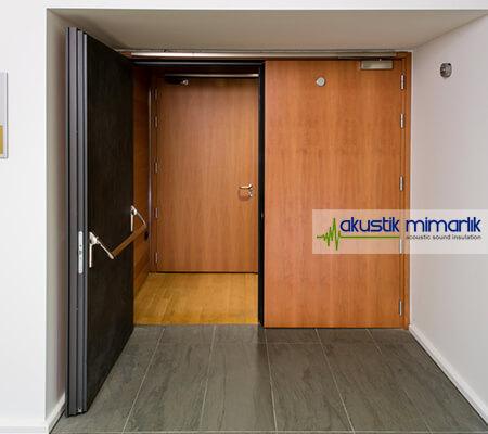 İzolasyonlu Kapı